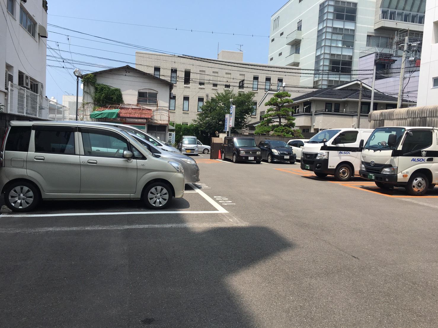 本町チケット式パーキング3